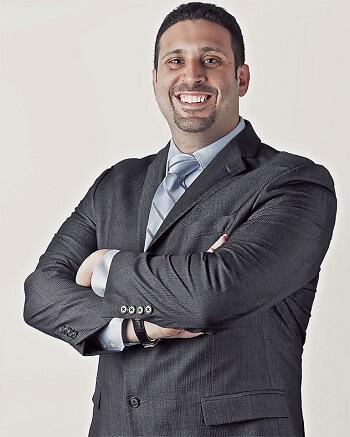 الدكتور هشام حمودة