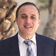 الدكتور جهاد السعدي